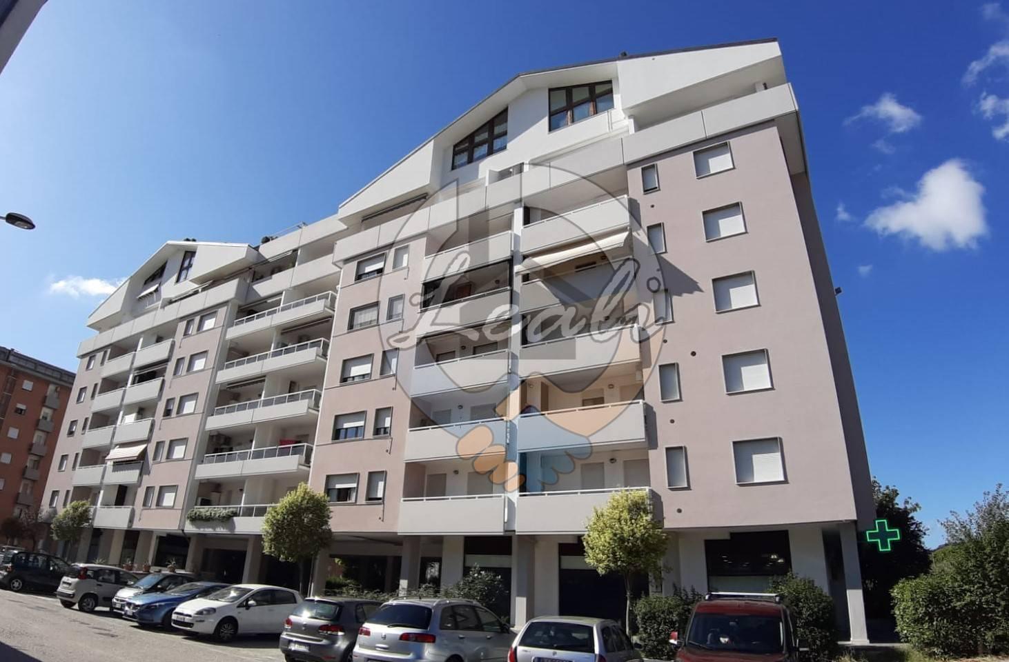 Appartamento in vendita a Tolentino, 2 locali, prezzo € 74.000 | CambioCasa.it