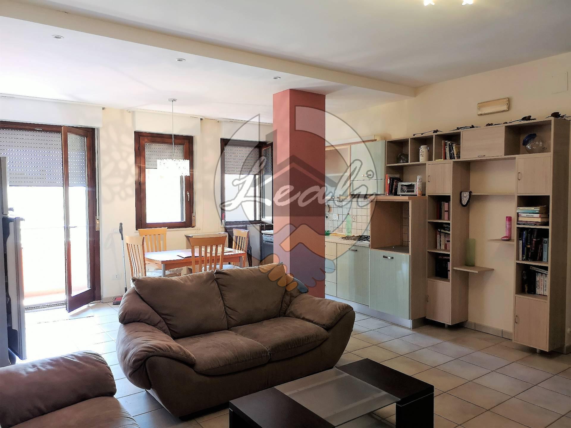 Appartamento in vendita a Montegiorgio, 3 locali, prezzo € 105.000 | CambioCasa.it