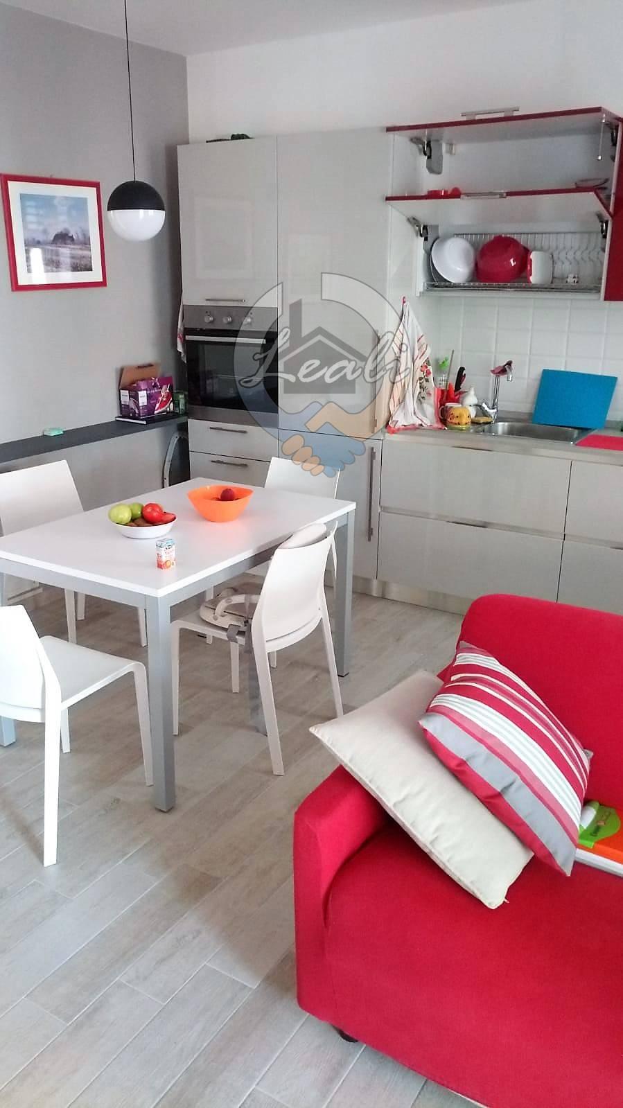 Appartamento in affitto a Civitanova Marche, 3 locali, prezzo € 750 | CambioCasa.it