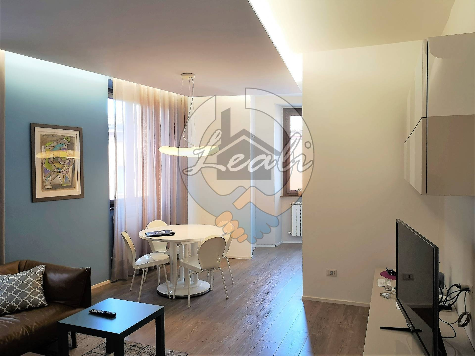 Appartamento in vendita a Tolentino, 4 locali, prezzo € 215.000 | CambioCasa.it