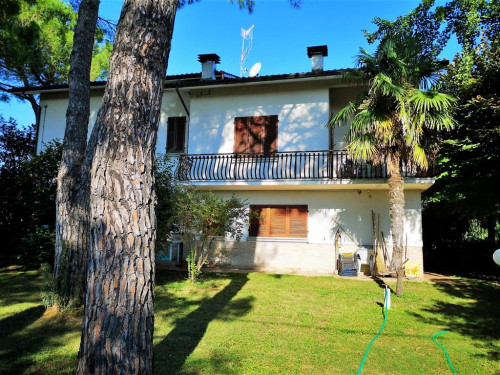 Single House for Sale to Pollenza