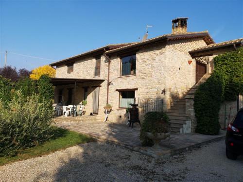 Villa in Vendita a Treia