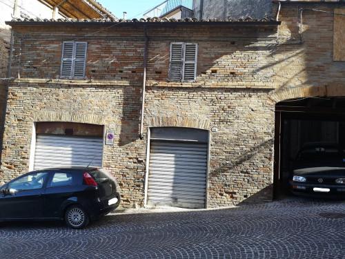 Box auto in Vendita a Montegiorgio