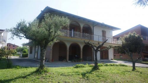 Villa in Vendita a Belforte del Chienti