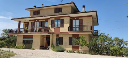 Single House for Sale to Penna San Giovanni
