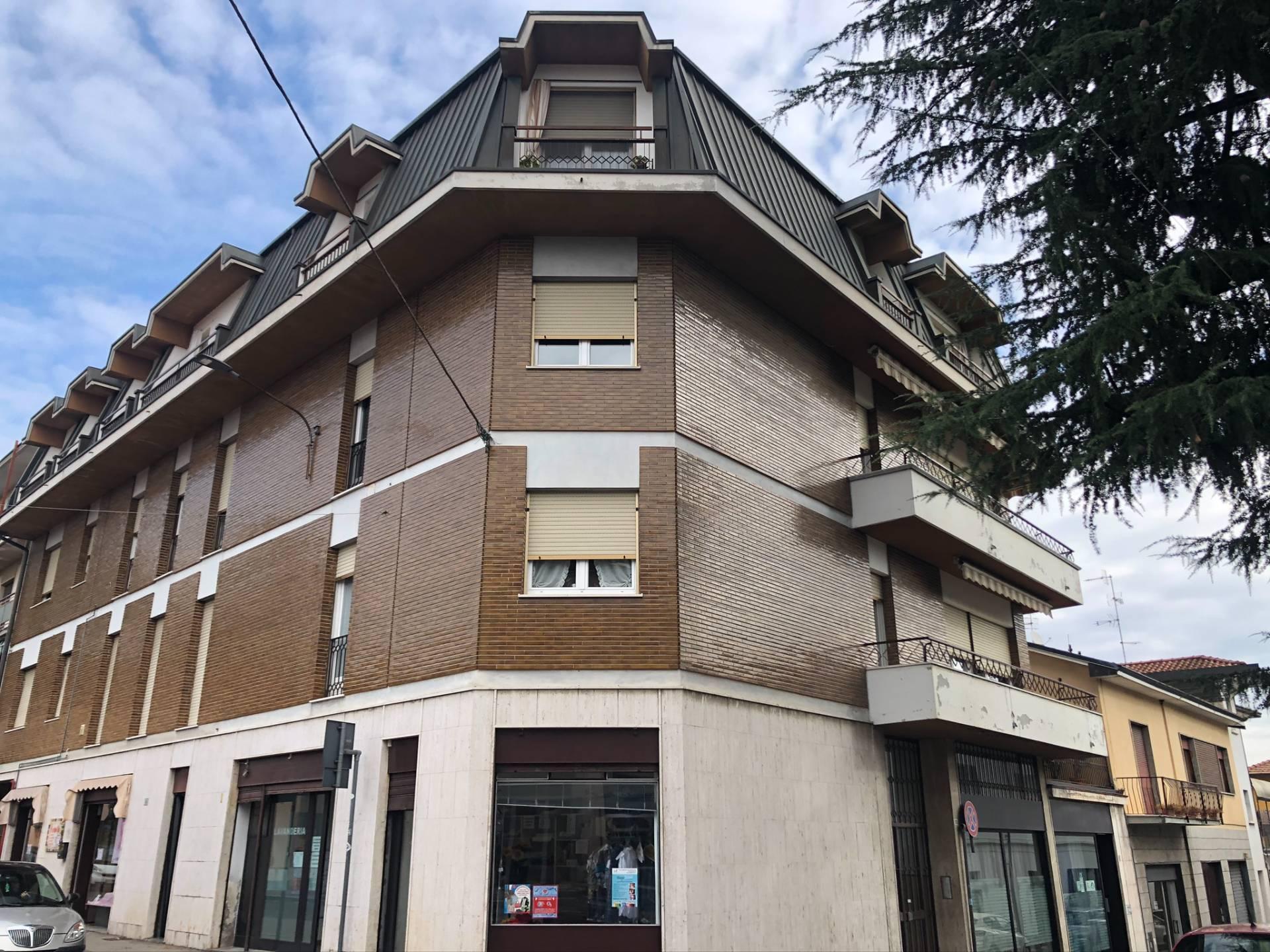 Vendita Bilocale Appartamento Albizzate 236558