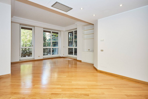for Rent to Milano