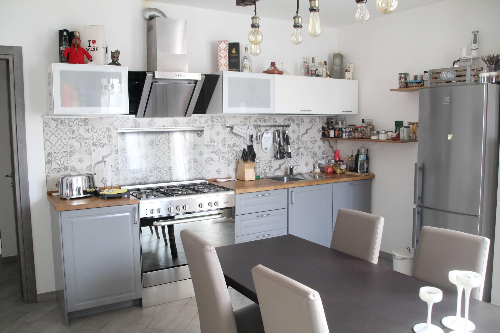 Appartamento in vendita a Maranello, 3 locali, zona Zona: Pozza, prezzo € 215.000 | CambioCasa.it