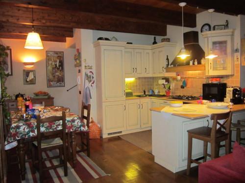 Casa singola in Vendita a Fabriano