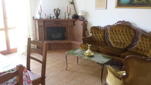 Casa singola in Vendita a Genga