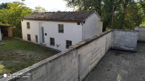 Rustico in Vendita a Sassoferrato