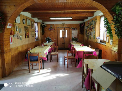 ristorante in Vendita a Genga