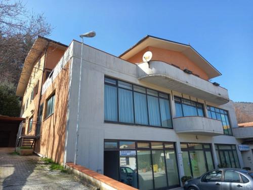 Locale commerciale in Affitto/Vendita a Arcevia