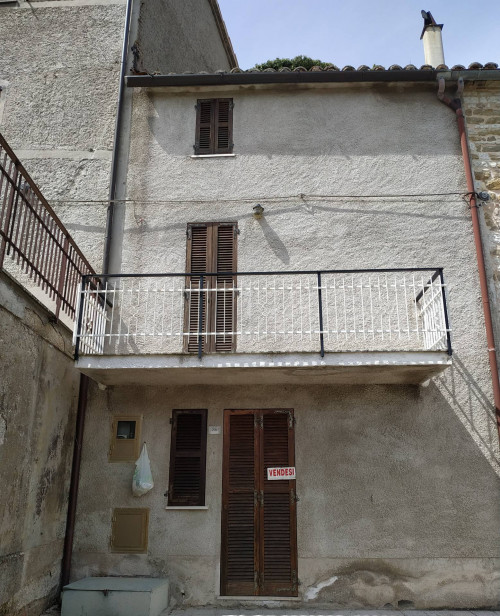 Villette a schiera in Vendita a Sassoferrato