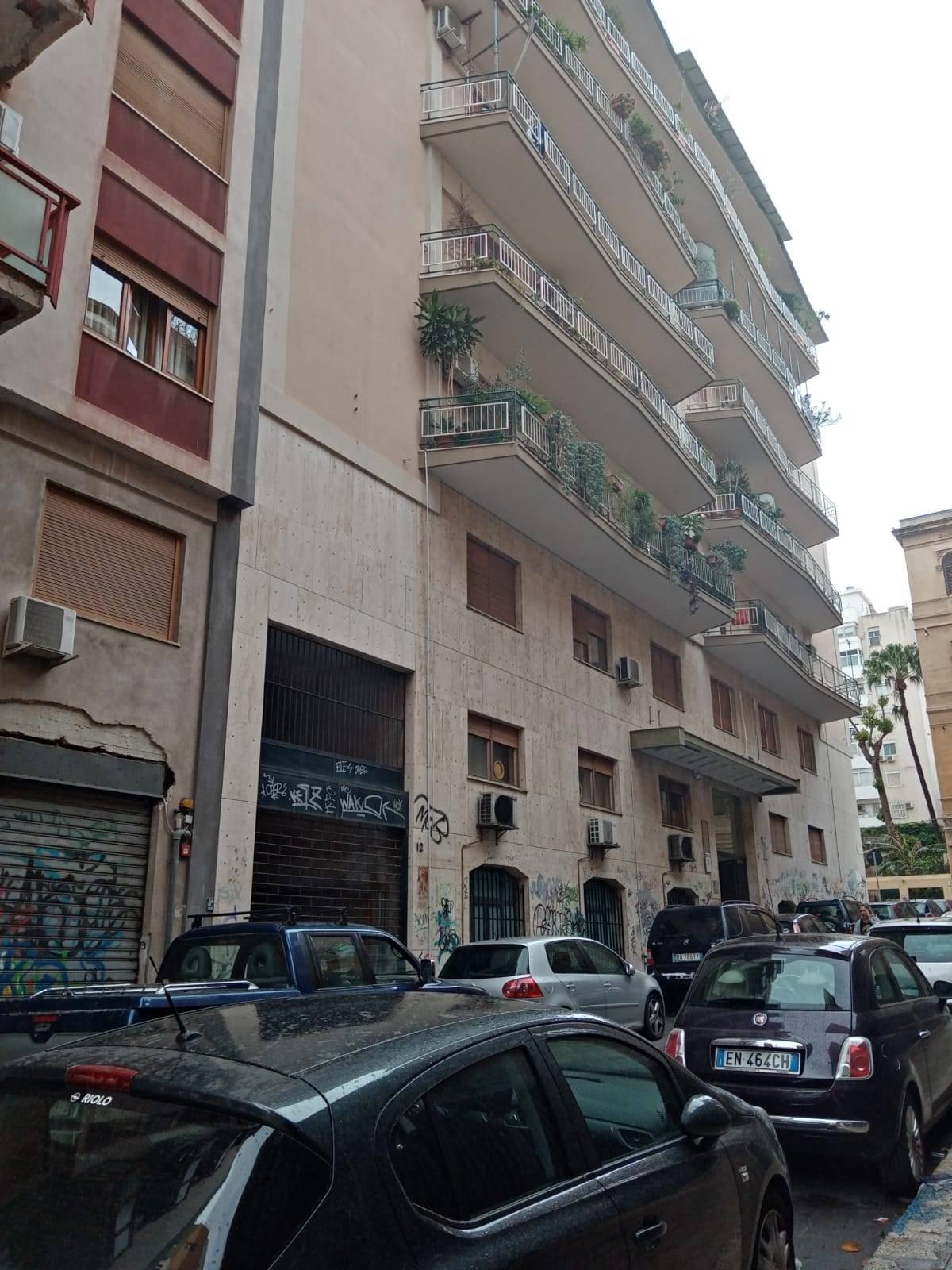 APPARTAMENTO in Affitto a Politeama, Palermo (PALERMO)