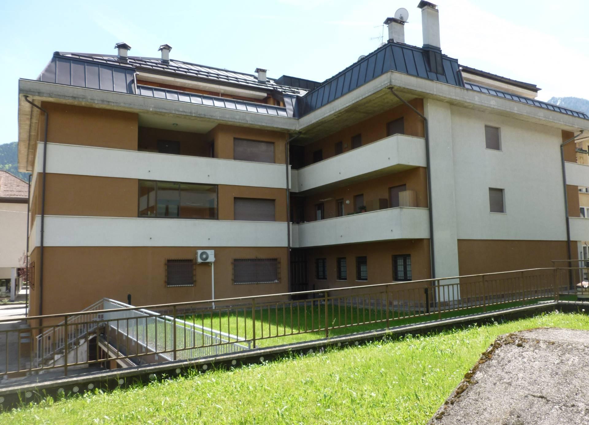 Appartamento in vendita a Tione di Trento, 2 locali, prezzo € 90.000 | CambioCasa.it