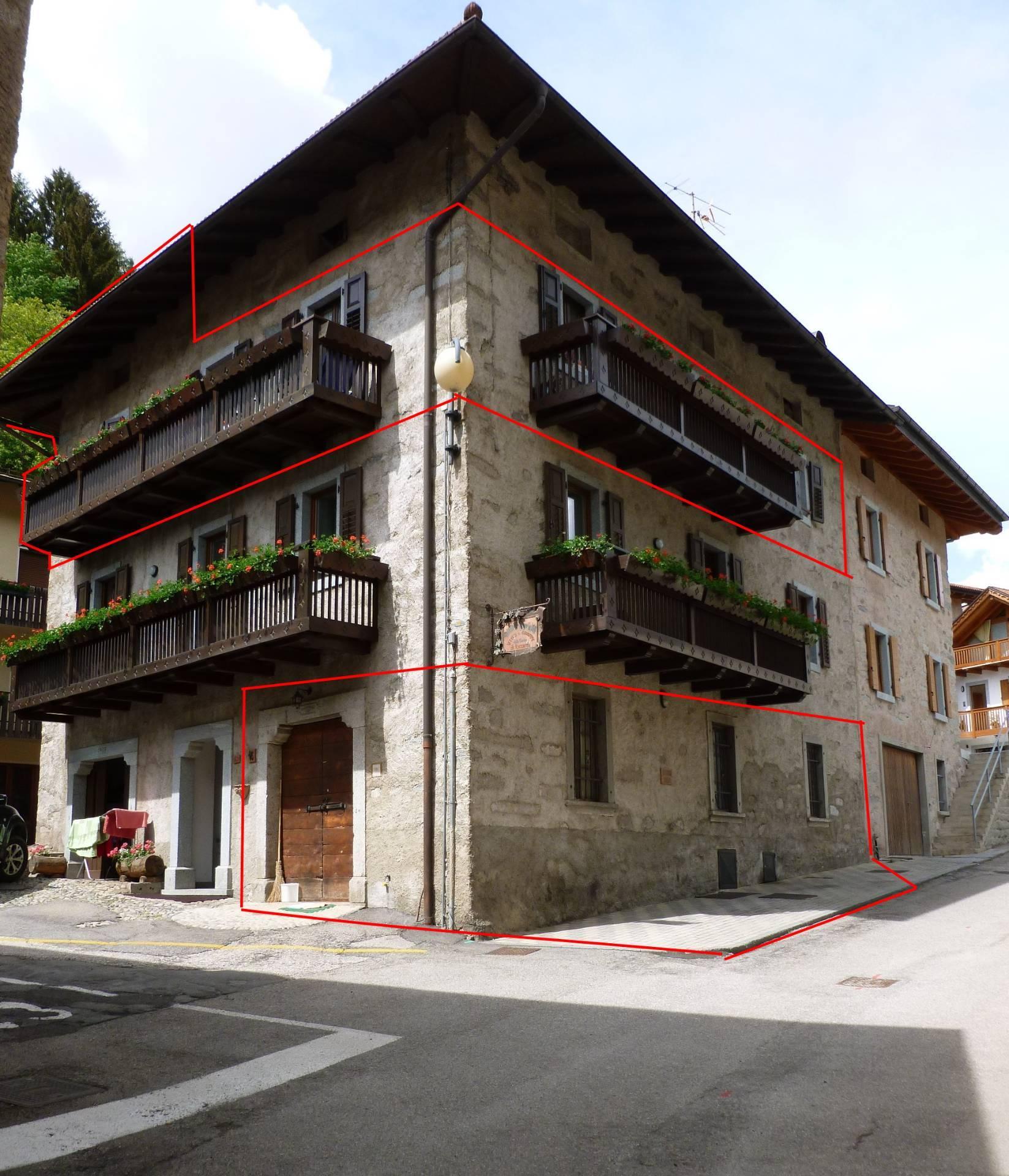 Appartamento in vendita a Spiazzo, 4 locali, zona Zona: Mortaso, prezzo € 280.000 | CambioCasa.it