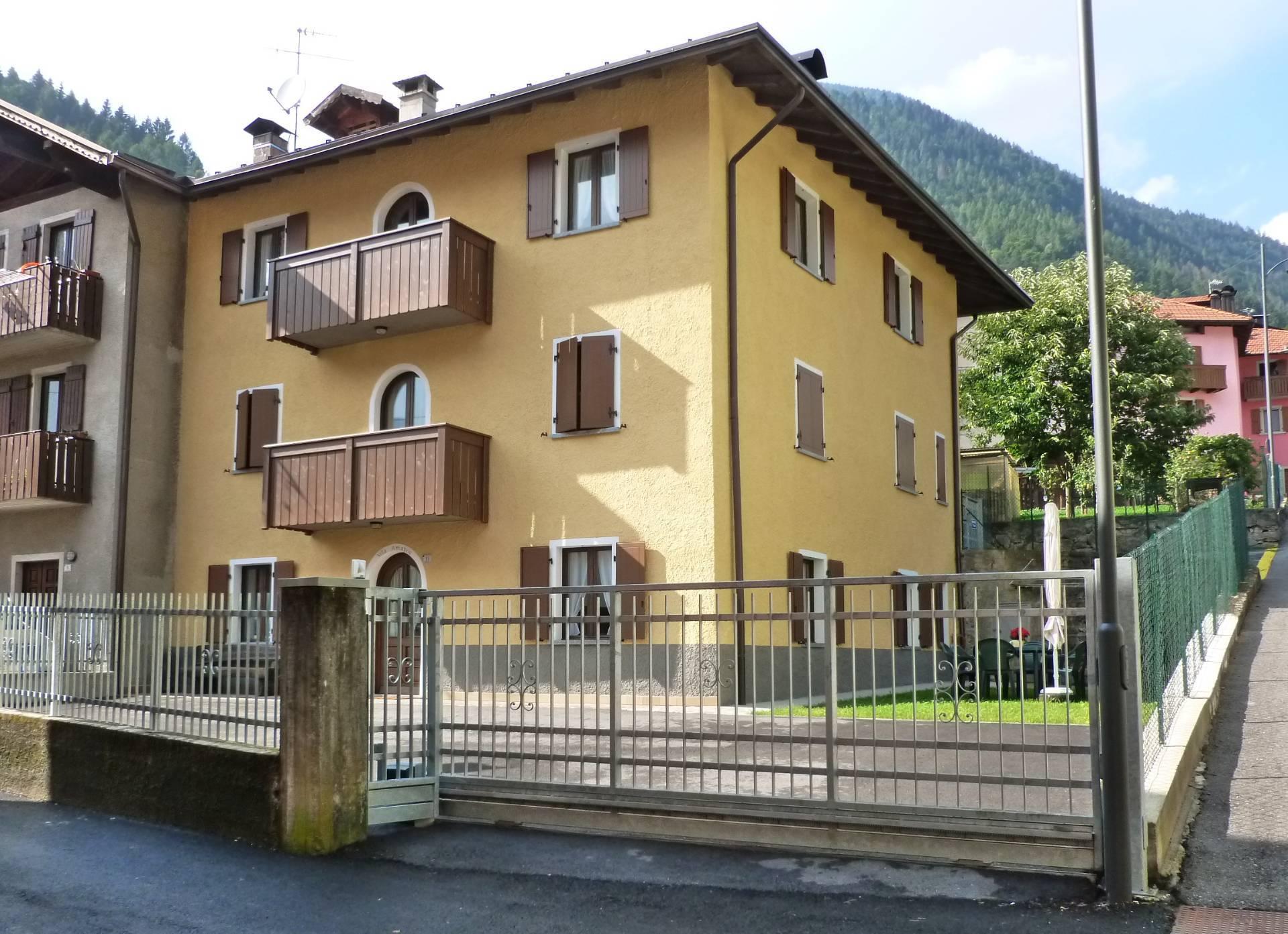 Soluzione Indipendente in vendita a Pelugo, 8 locali, prezzo € 395.000 | CambioCasa.it