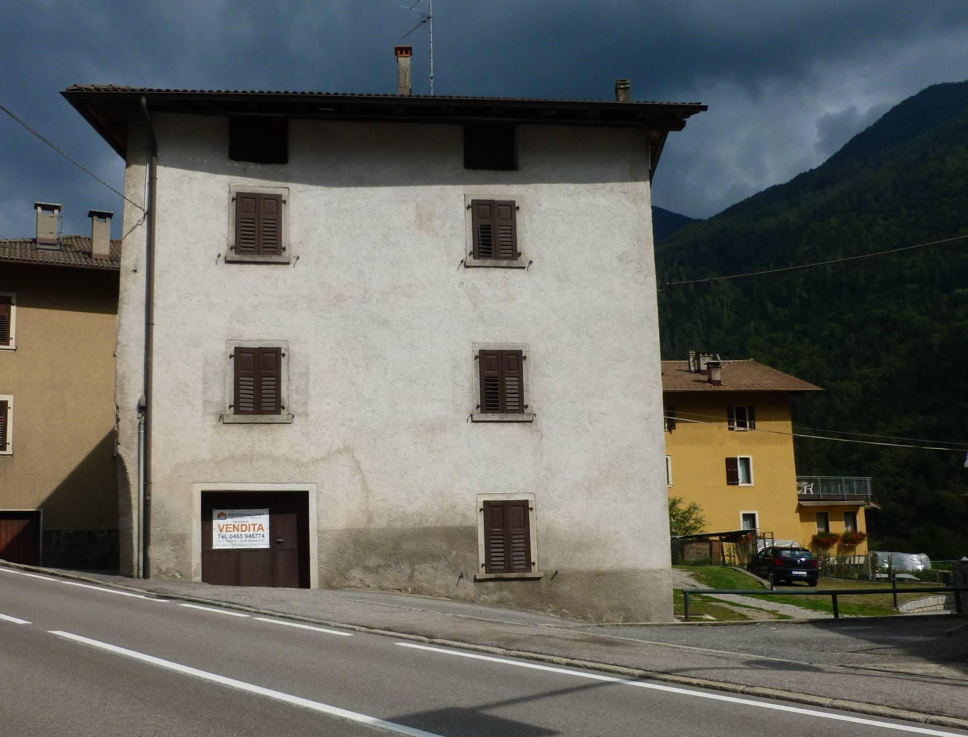 Soluzione Indipendente in vendita a Spiazzo, 6 locali, zona Zona: Mortaso, prezzo € 150.000 | CambioCasa.it