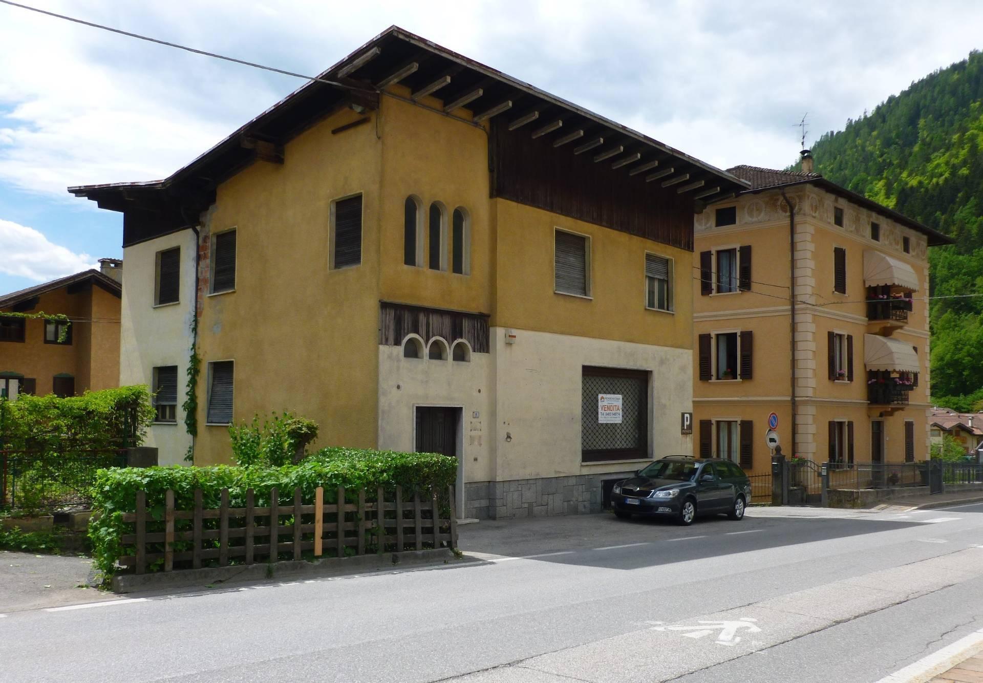 Soluzione Indipendente in vendita a Pelugo, 8 locali, prezzo € 160.000 | CambioCasa.it