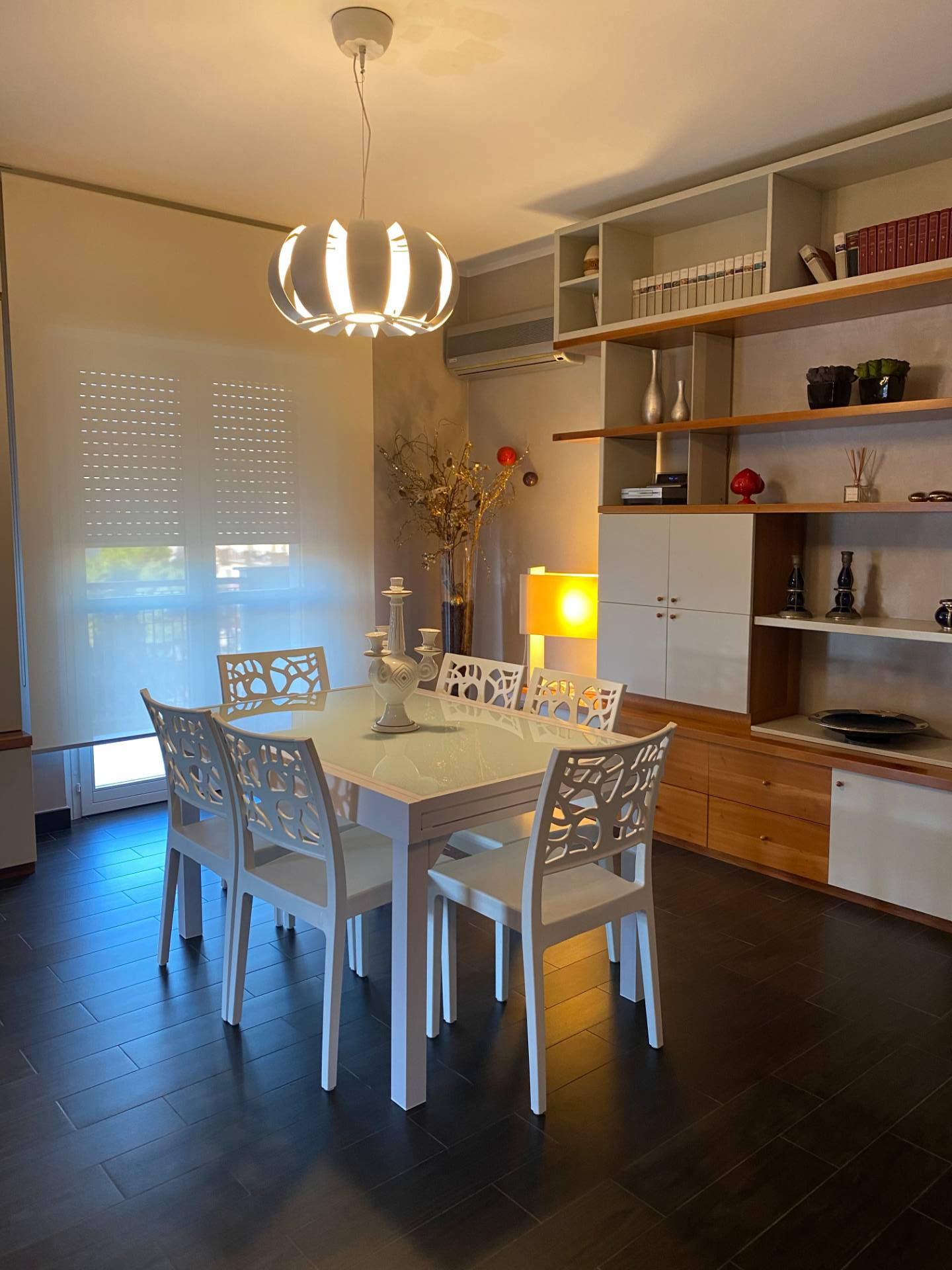 Appartamento in affitto a Taranto, 3 locali, zona Località: Italia, prezzo € 1.200 | CambioCasa.it