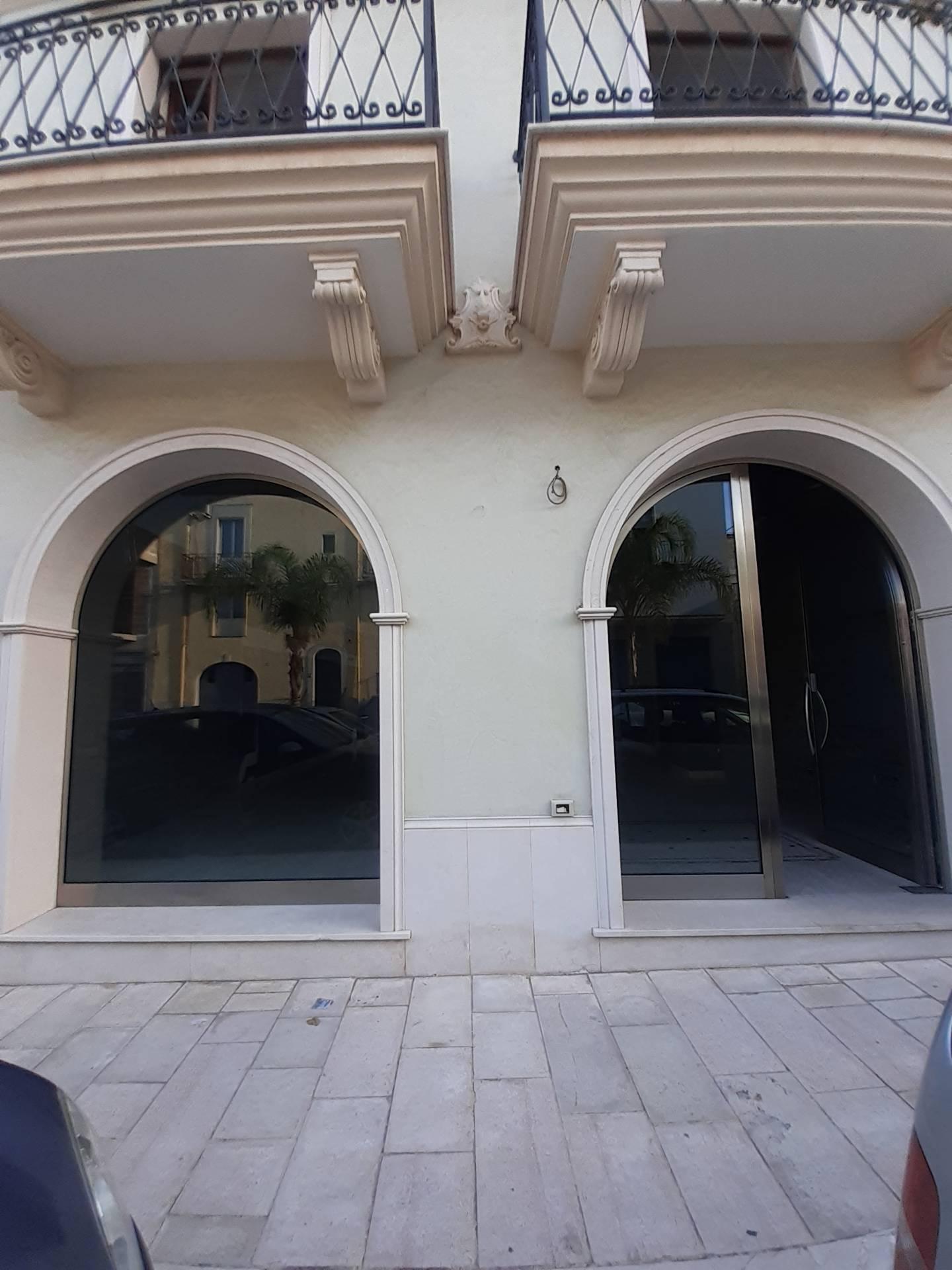 Attività / Licenza in affitto a San Giorgio Ionico, 9999 locali, prezzo € 800 | CambioCasa.it