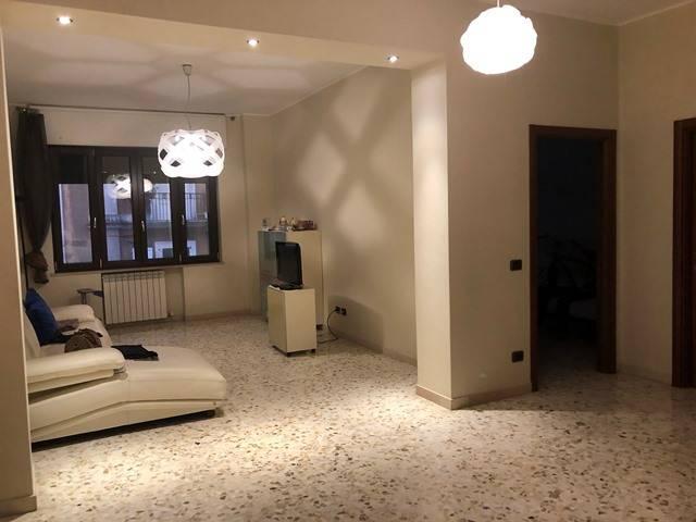 Appartamento, 120 Mq, Vendita - Taranto (Taranto)
