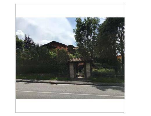 Appartamento in vendita a Ponteranica, 10 locali, prezzo € 255.740   CambioCasa.it