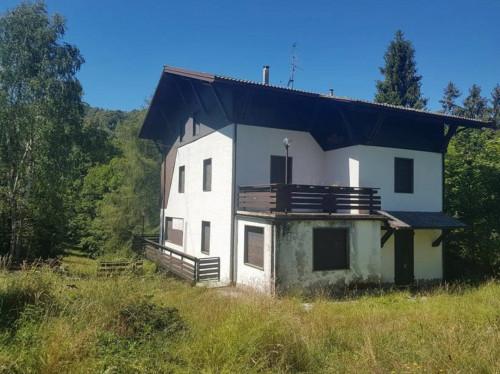 Appartamento in ASTA in Vendita a Selvino