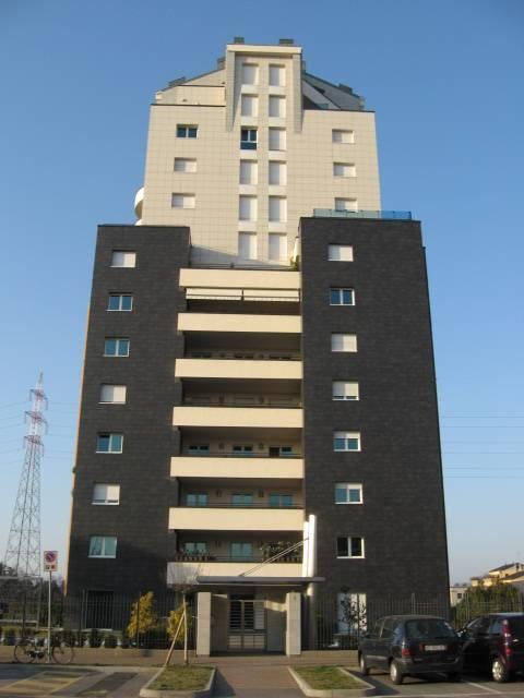 Appartamento in affitto a Cernusco sul Naviglio, 2 locali, prezzo € 890 | CambioCasa.it
