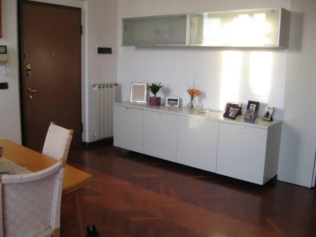 Appartamento in affitto a Cassina de' Pecchi, 7 locali, zona Zona: Centro, prezzo € 1.500 | CambioCasa.it