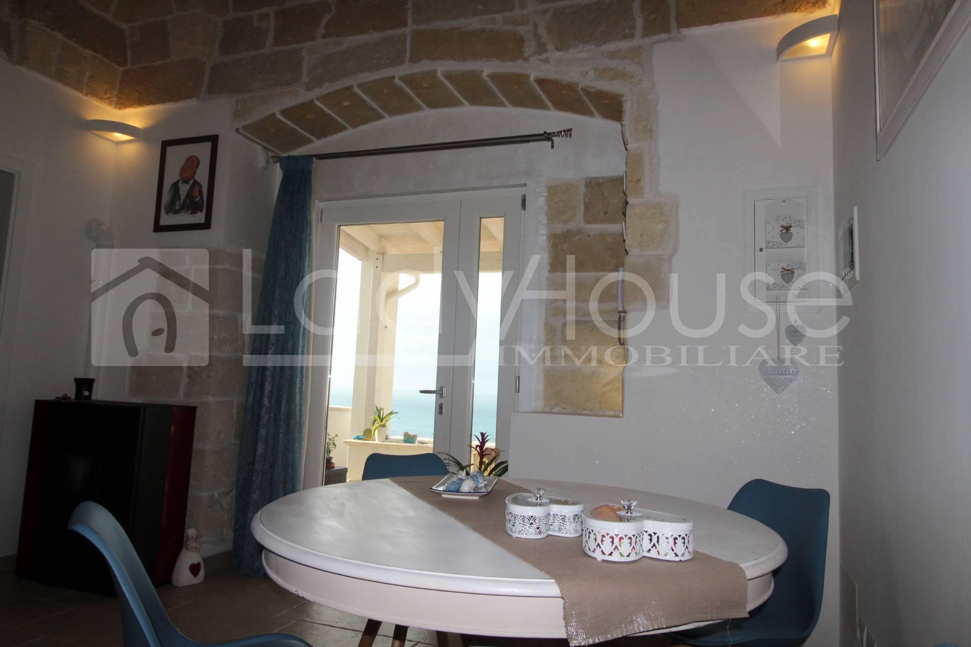 VILLA in Vendita a Santa Maria Al Bagno, Nardo' (LECCE)