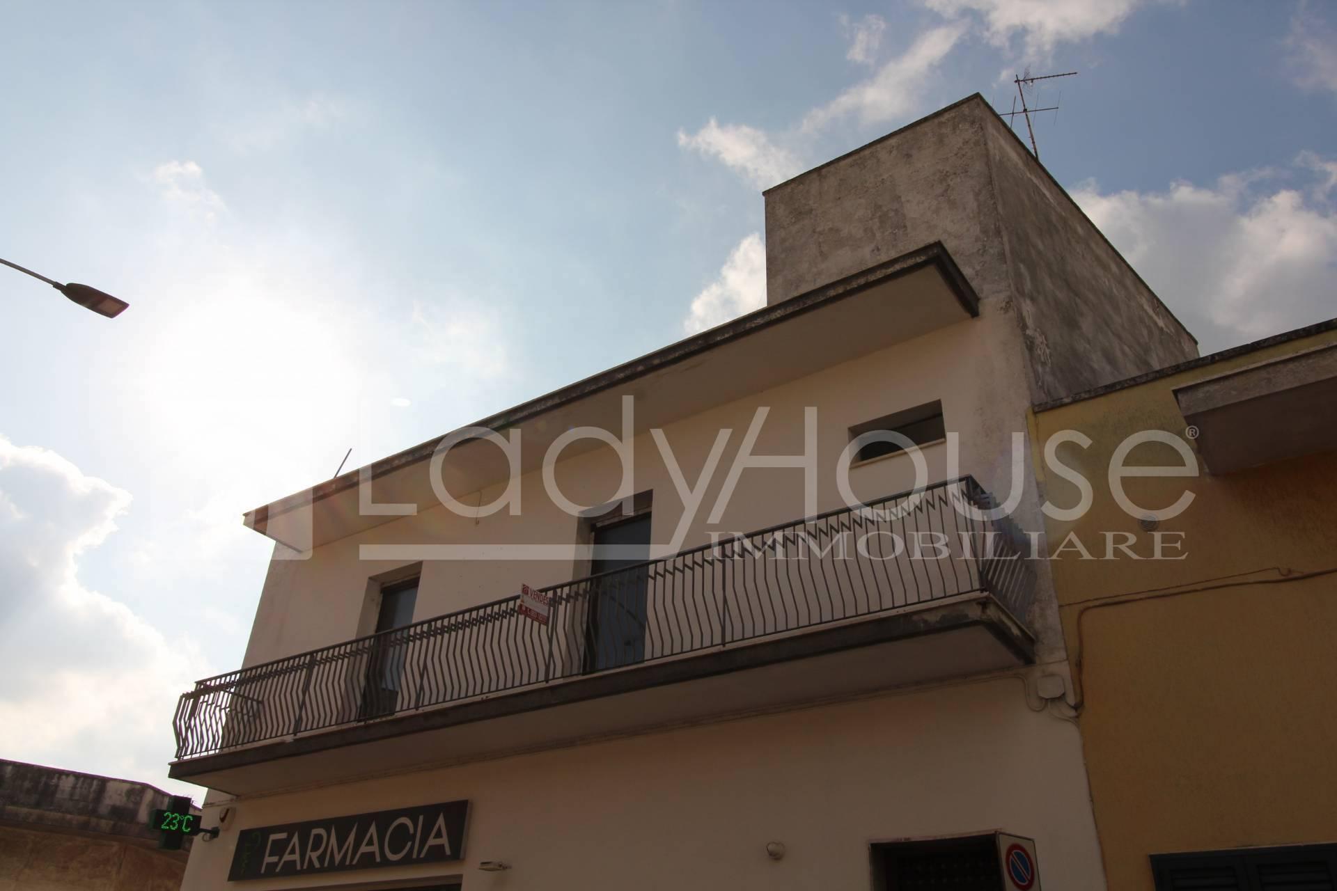 Appartamento in vendita a Caprarica di Lecce, 4 locali, prezzo € 49.000   PortaleAgenzieImmobiliari.it