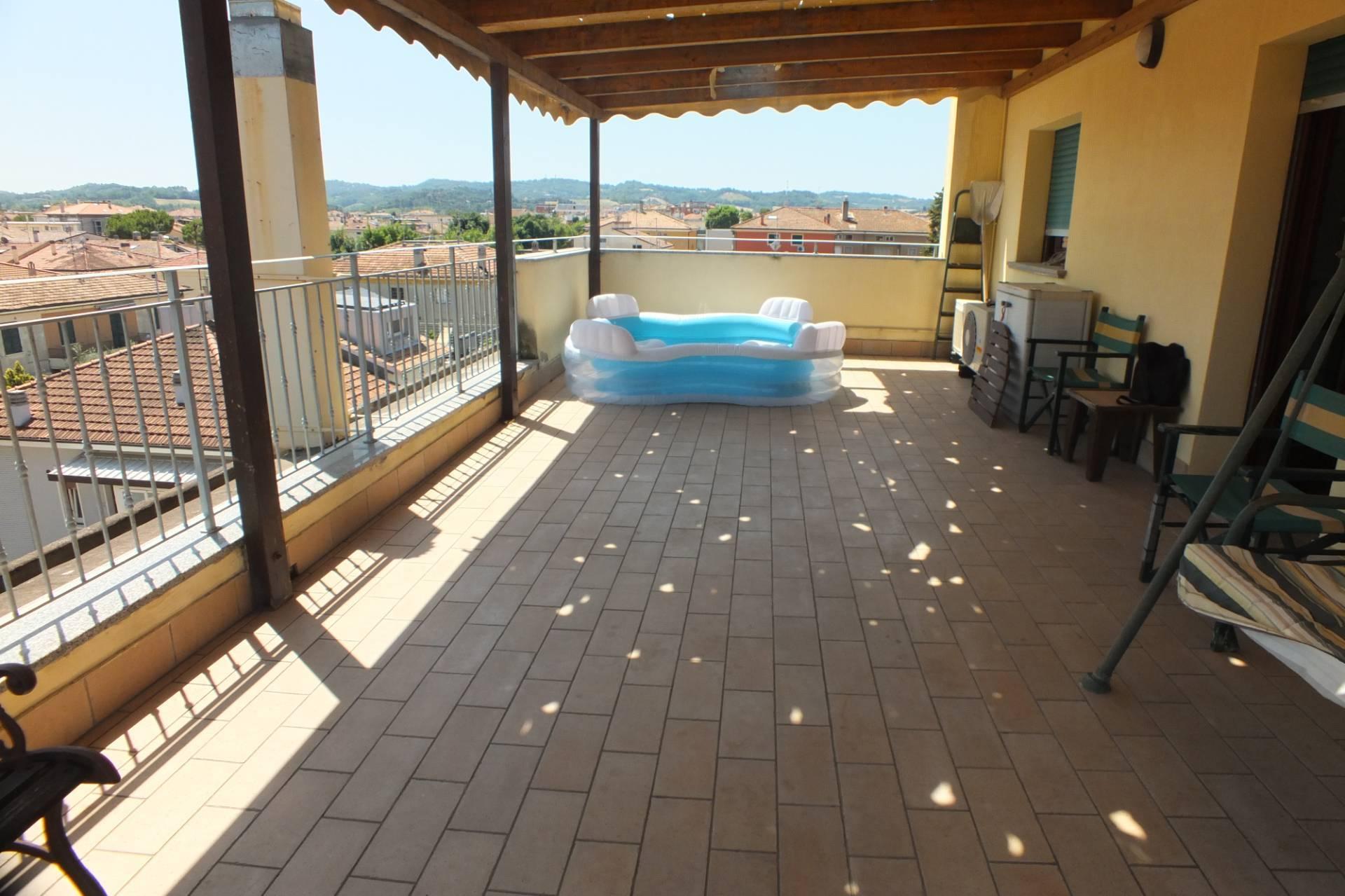 Attico / Mansarda in vendita a Pesaro, 5 locali, zona ano, prezzo € 350.000 | PortaleAgenzieImmobiliari.it