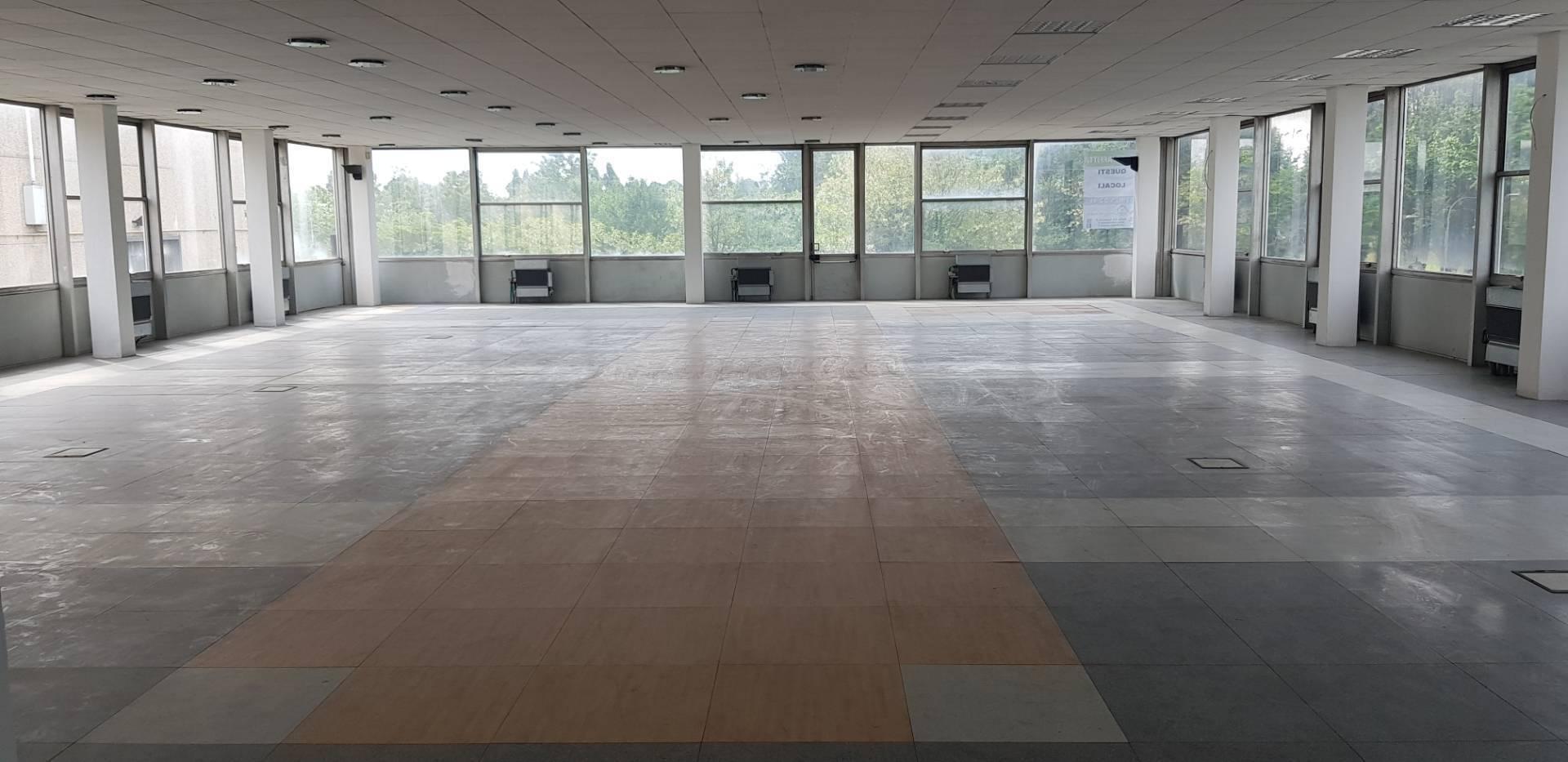 Ufficio / Studio in affitto a Vignate, 9999 locali, prezzo € 2.000 | PortaleAgenzieImmobiliari.it