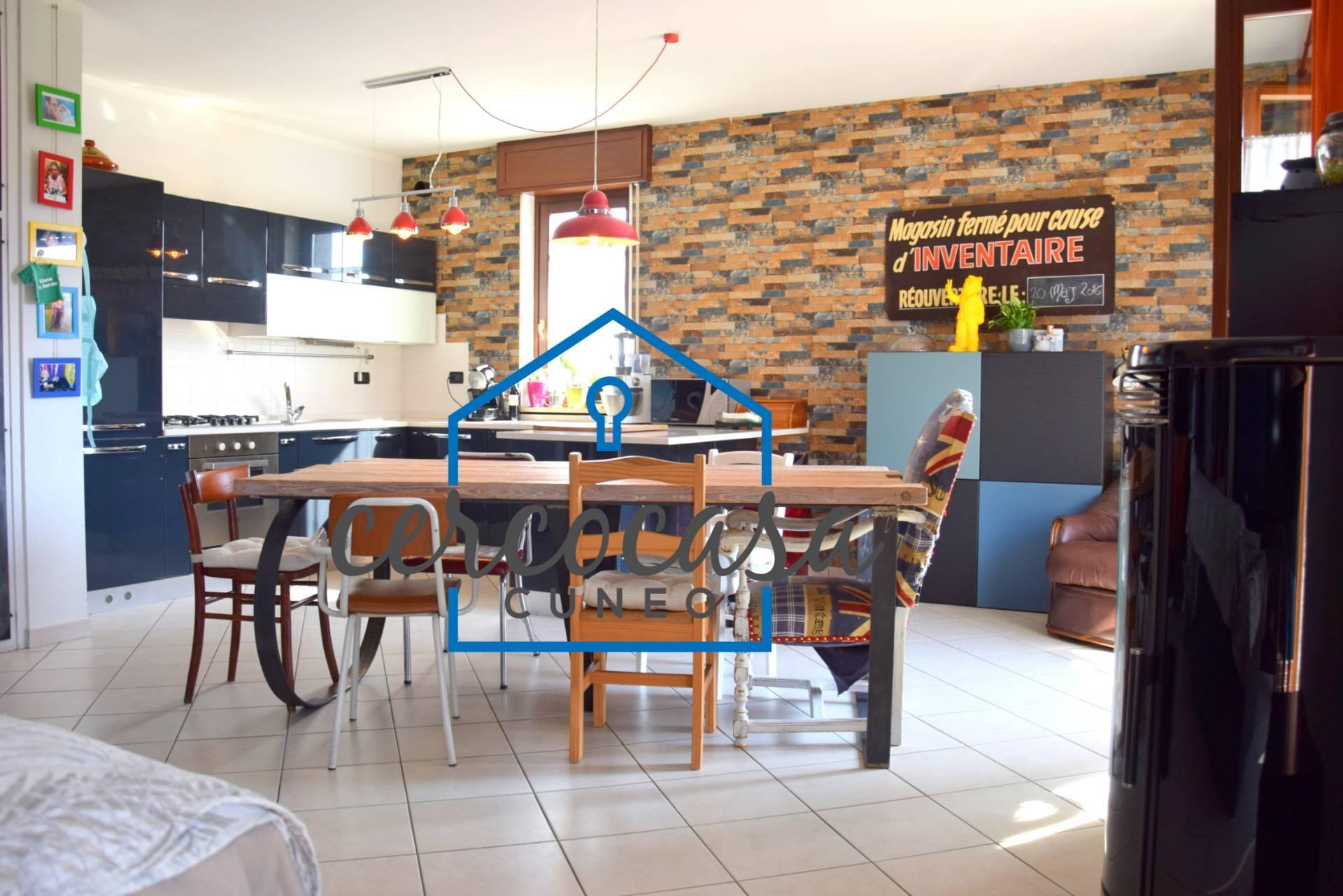 Appartamento in vendita a Morozzo, 3 locali, prezzo € 149.000   CambioCasa.it