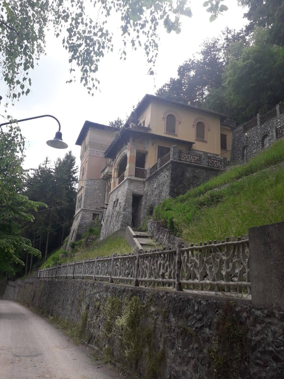 Villa in Vendita a San Pellegrino Terme