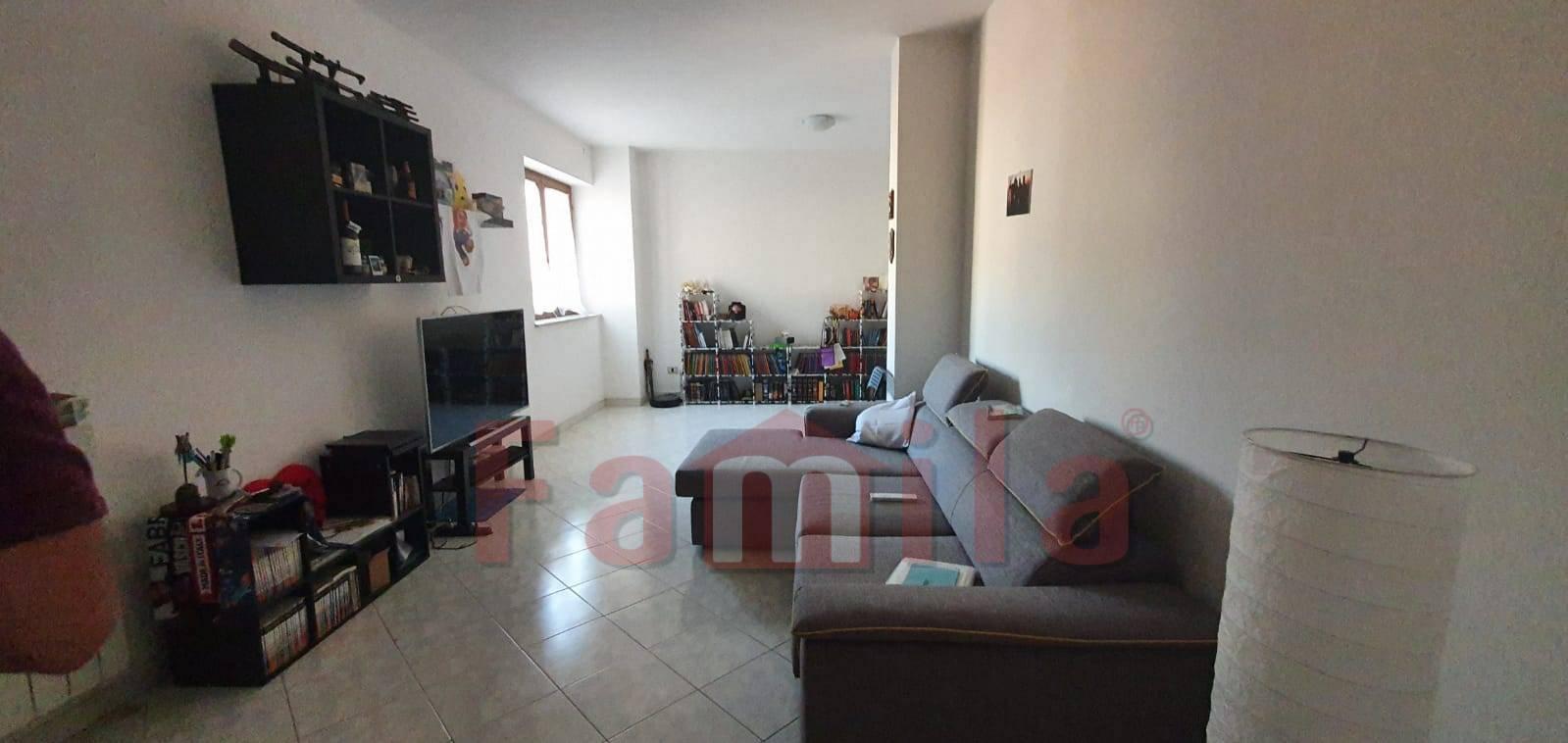 Appartamento in vendita a Sirignano, 3 locali, prezzo € 85.000   CambioCasa.it