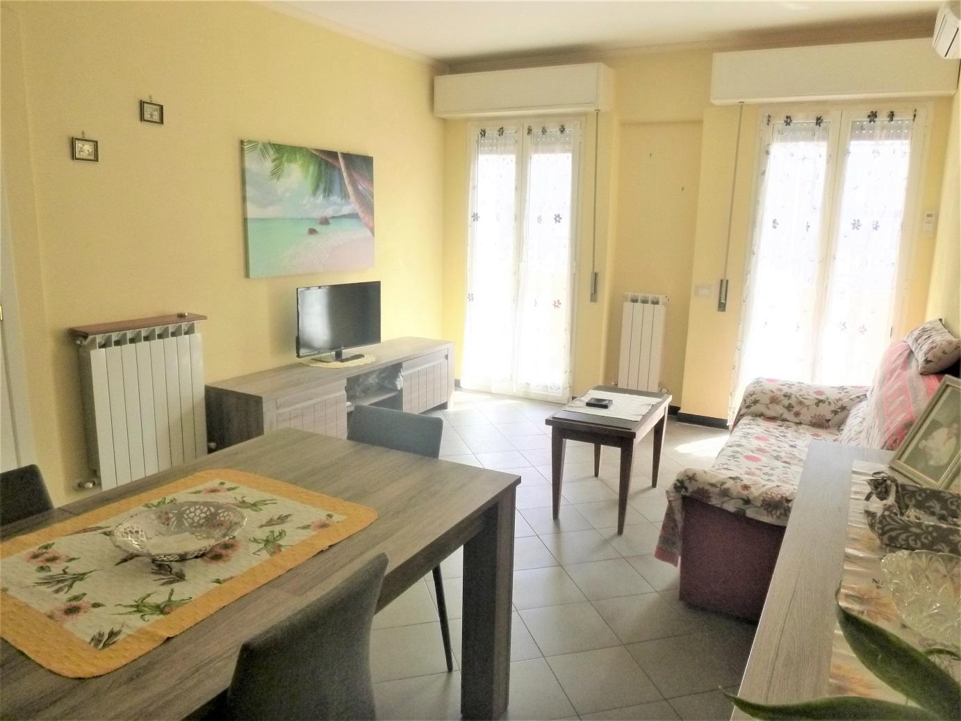 Appartamento in vendita a Carasco, 2 locali, prezzo € 95.000   CambioCasa.it