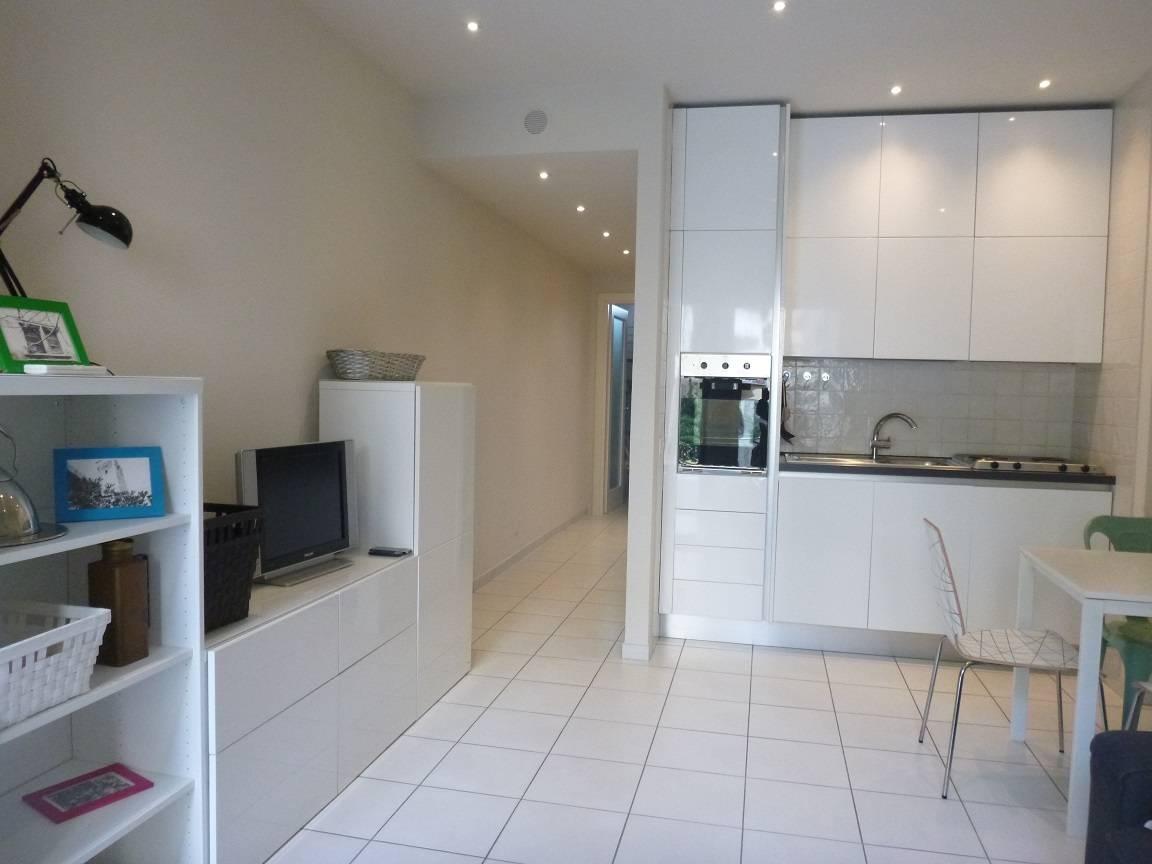 Appartamento in affitto a Chiavari, 3 locali, zona Località: LUNGOMARE, prezzo € 600 | CambioCasa.it