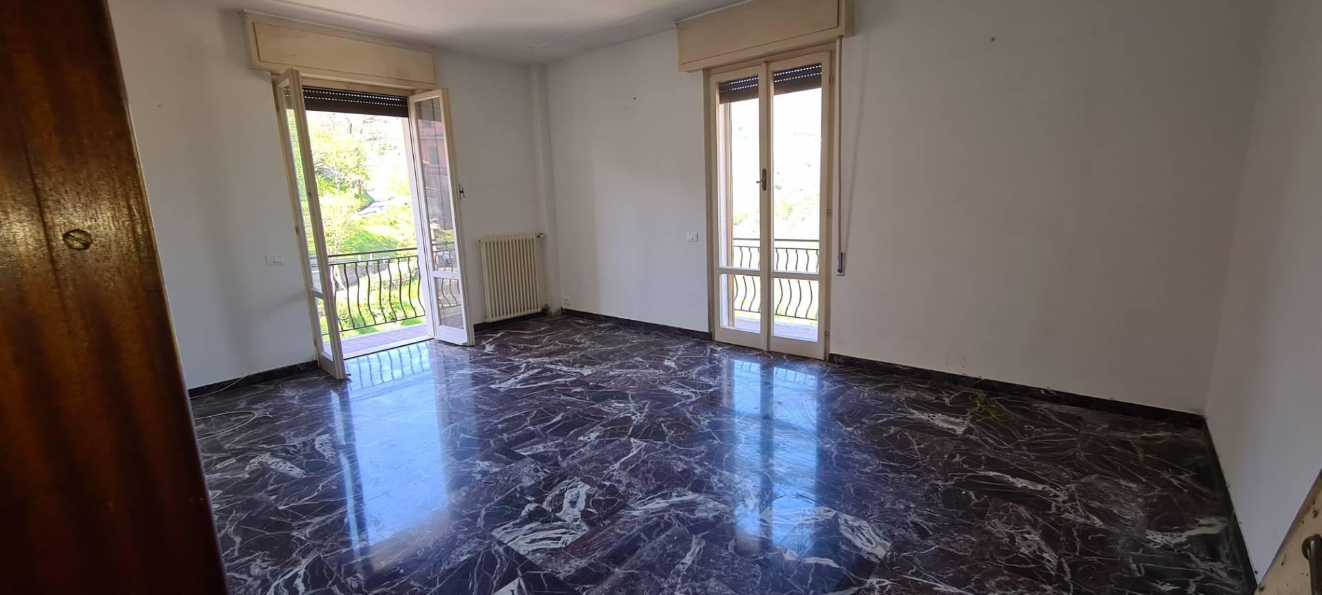 Soluzione Semindipendente in affitto a Leivi, 6 locali, zona Zona: Bocco, prezzo € 500   CambioCasa.it