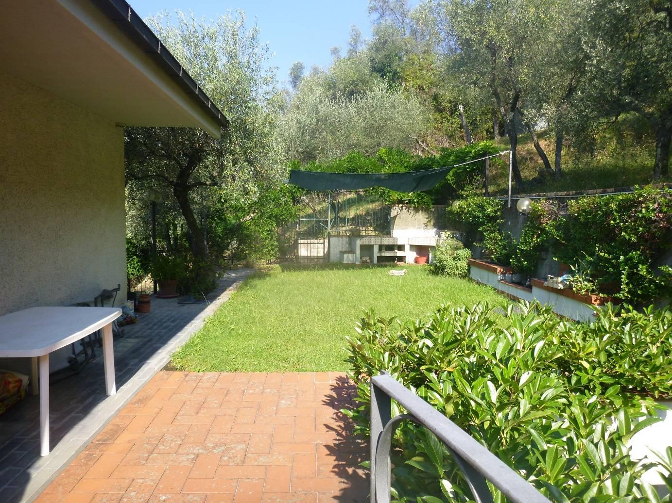 Soluzione Semindipendente in affitto a Leivi, 7 locali, zona Località: SanBartolomeo, prezzo € 3.000   CambioCasa.it