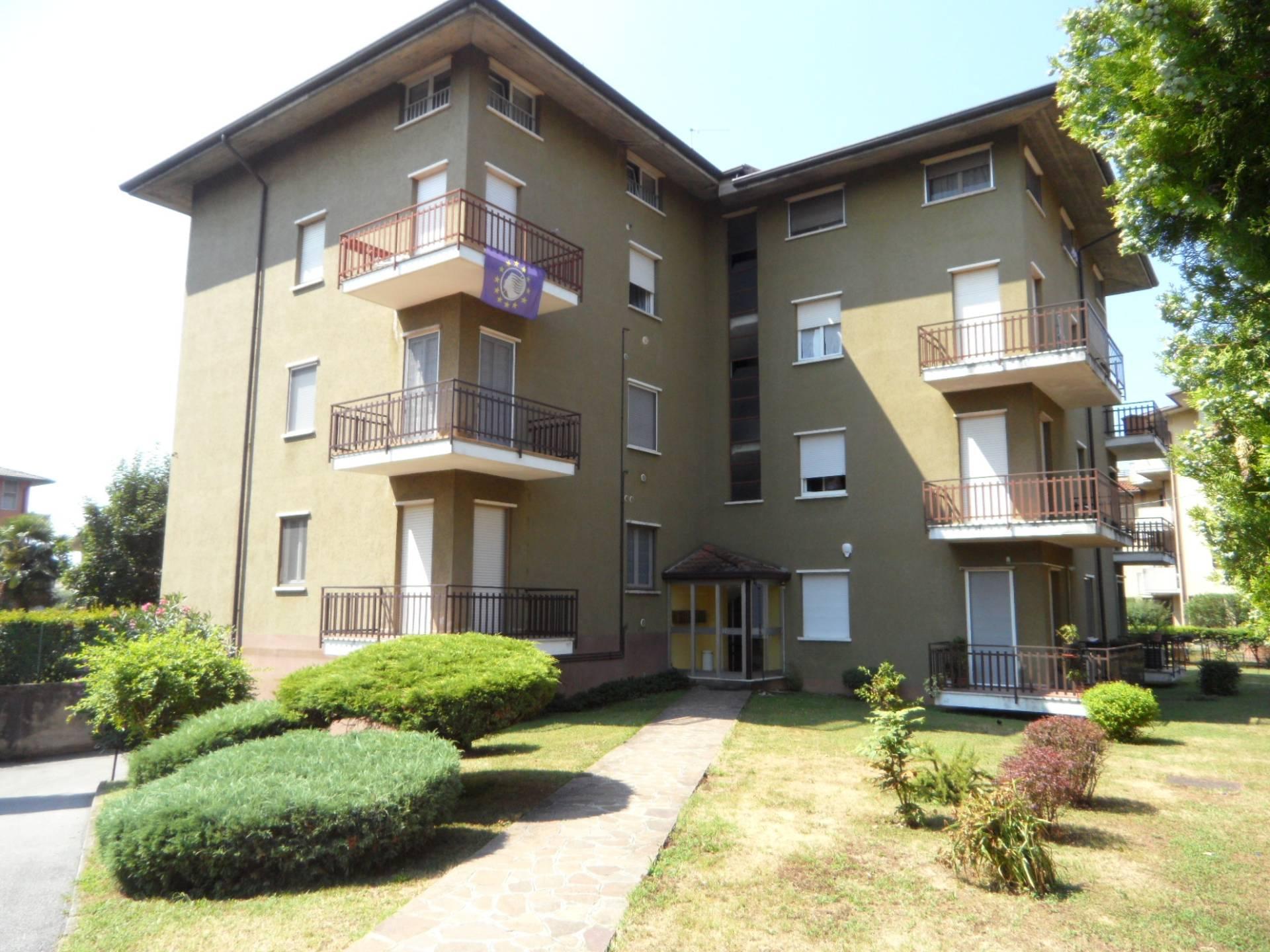 Appartamento in vendita a Grassobbio, 3 locali, prezzo € 95.000 | PortaleAgenzieImmobiliari.it
