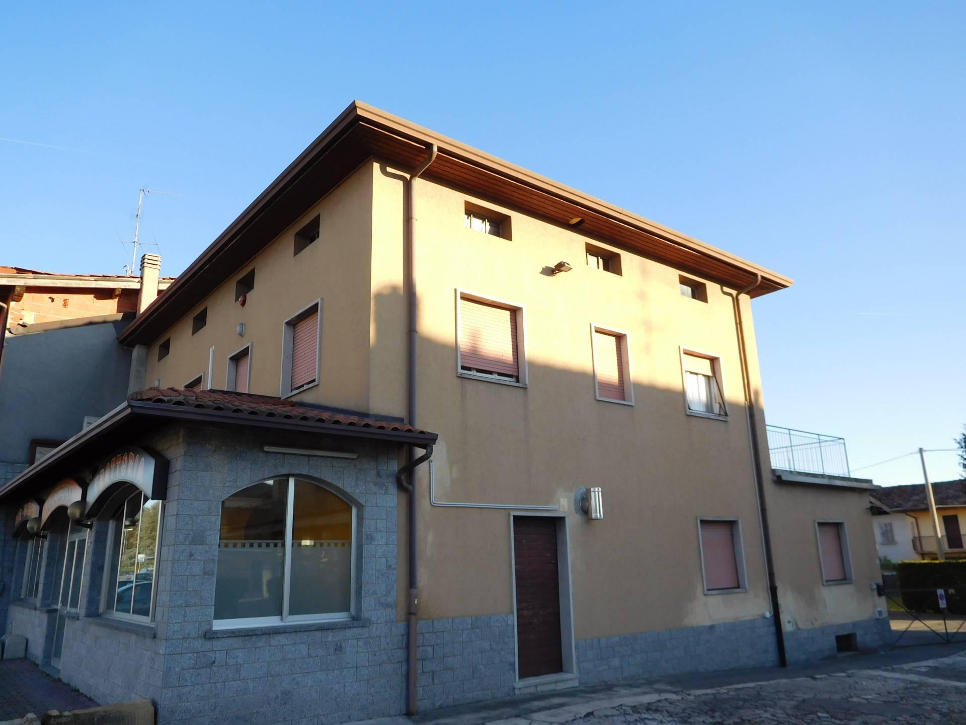 Altro in vendita a Pedrengo, 8 locali, prezzo € 480.000 | PortaleAgenzieImmobiliari.it