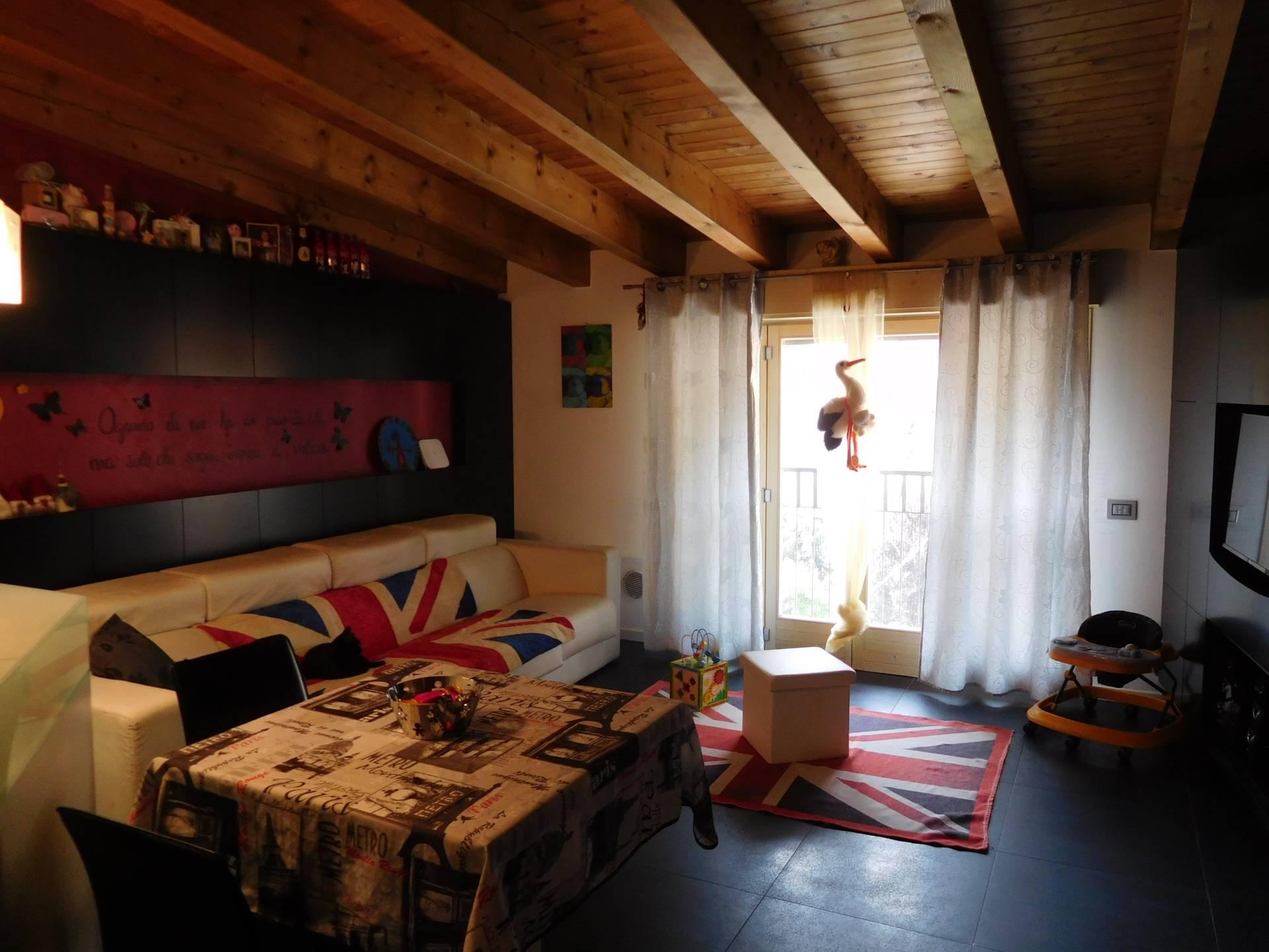 Appartamento in vendita a Albino, 3 locali, prezzo € 149.000   PortaleAgenzieImmobiliari.it
