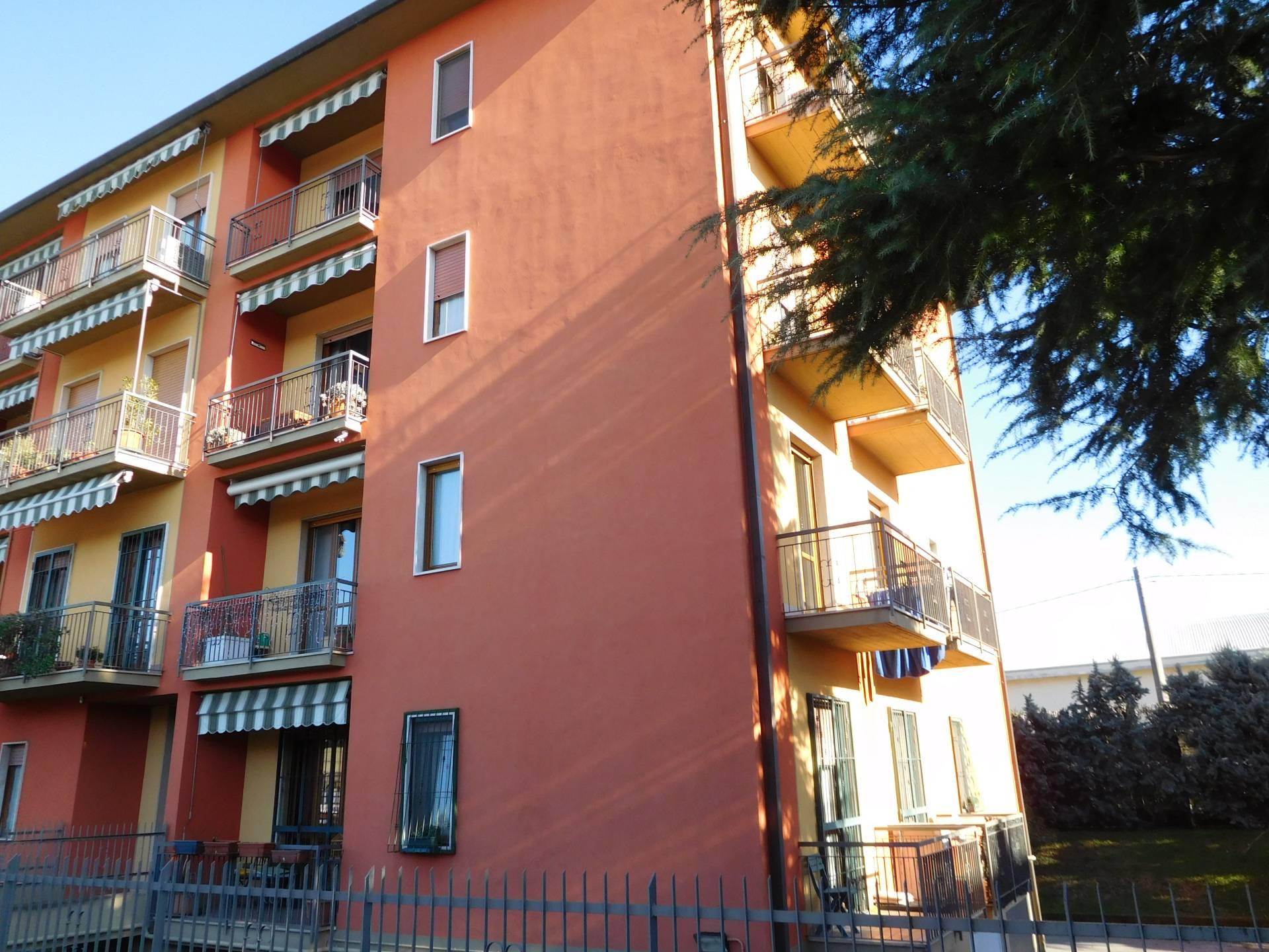 Appartamento in vendita a Seriate, 4 locali, prezzo € 135.000 | PortaleAgenzieImmobiliari.it