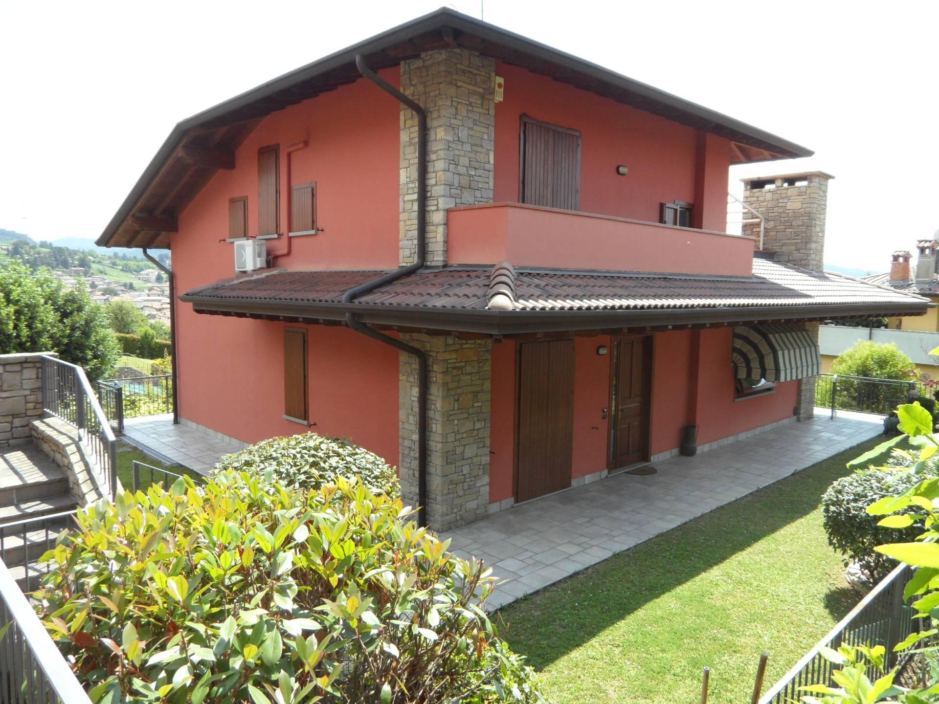 Villa in vendita a Cenate Sotto, 4 locali, prezzo € 450.000   PortaleAgenzieImmobiliari.it
