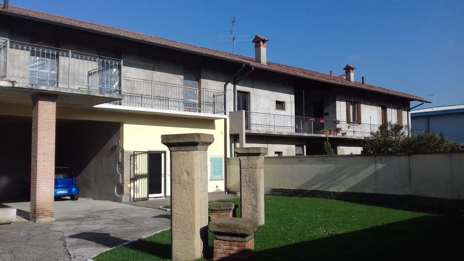 Appartamento in vendita a Grassobbio, 4 locali, prezzo € 84.000   PortaleAgenzieImmobiliari.it