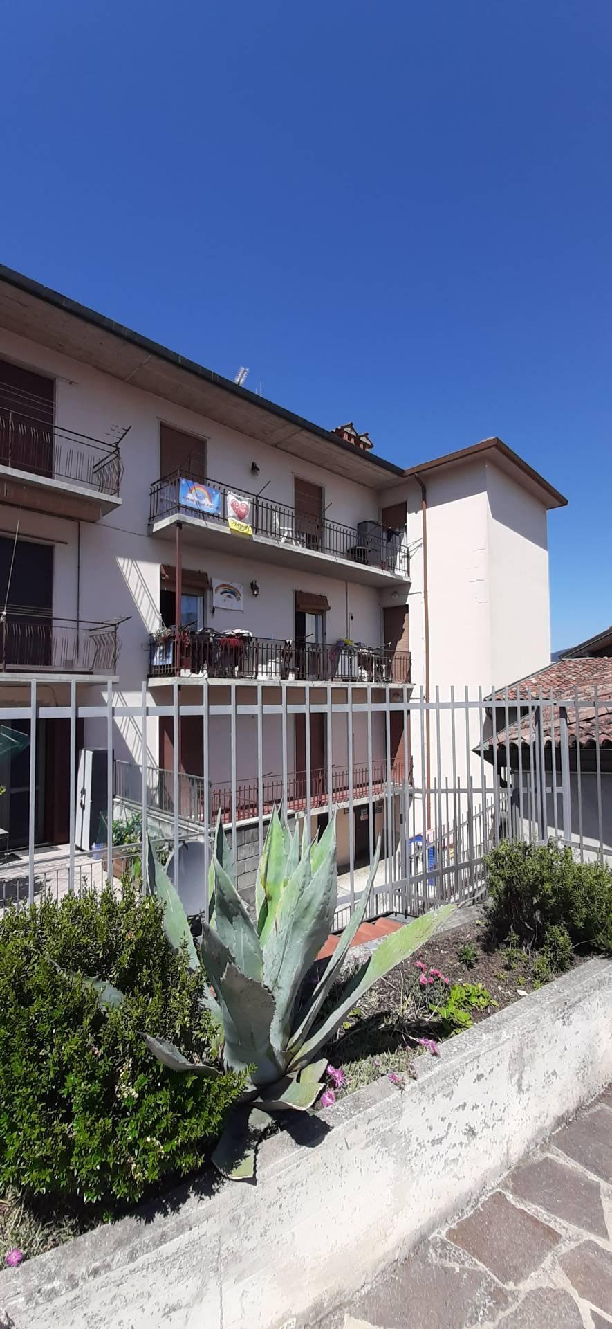 Appartamento in vendita a Nembro, 3 locali, prezzo € 70.000 | PortaleAgenzieImmobiliari.it