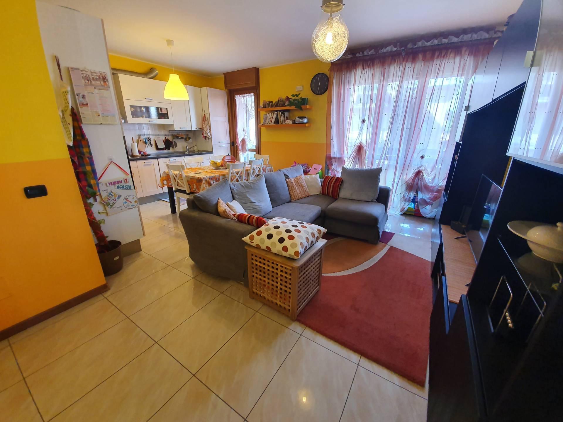 Appartamento in vendita a Seriate, 4 locali, prezzo € 165.000 | PortaleAgenzieImmobiliari.it